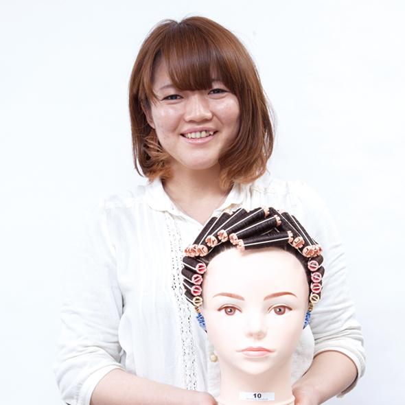 旭美容専門学校